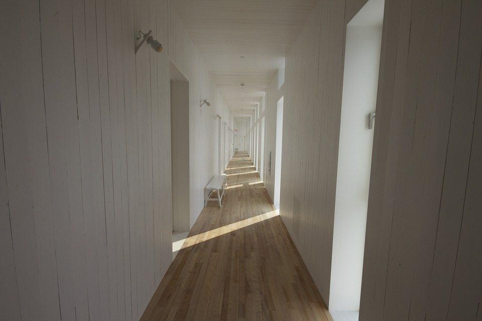 madera para interiores