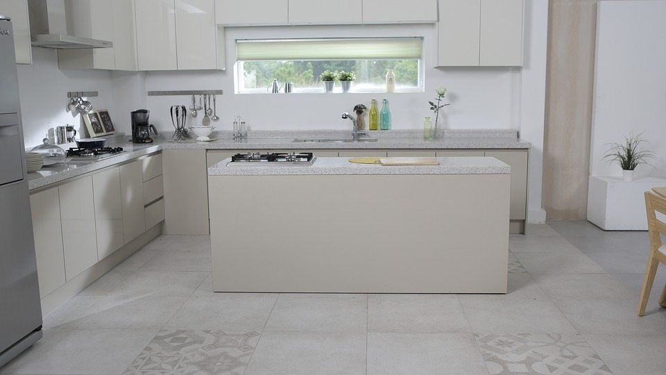 Claves en los suelos para la cocina tarimas del mundo - Suelo de cocina ...