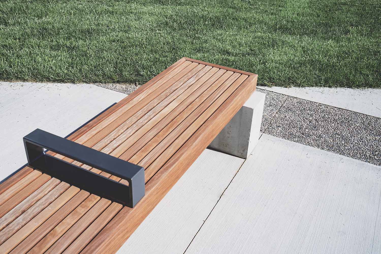 Especies de madera resistente al agua para exterior - Banco madera exterior ...