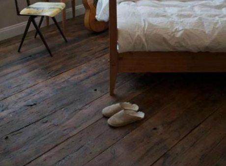instalacion tarima de madera habitacion